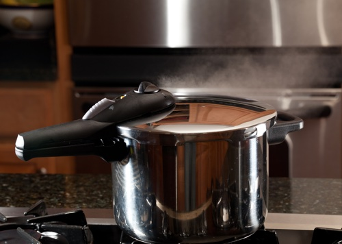 pressure cooker on the hob
